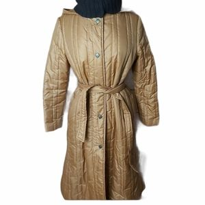 Vintage long light winter coat with knitted collar